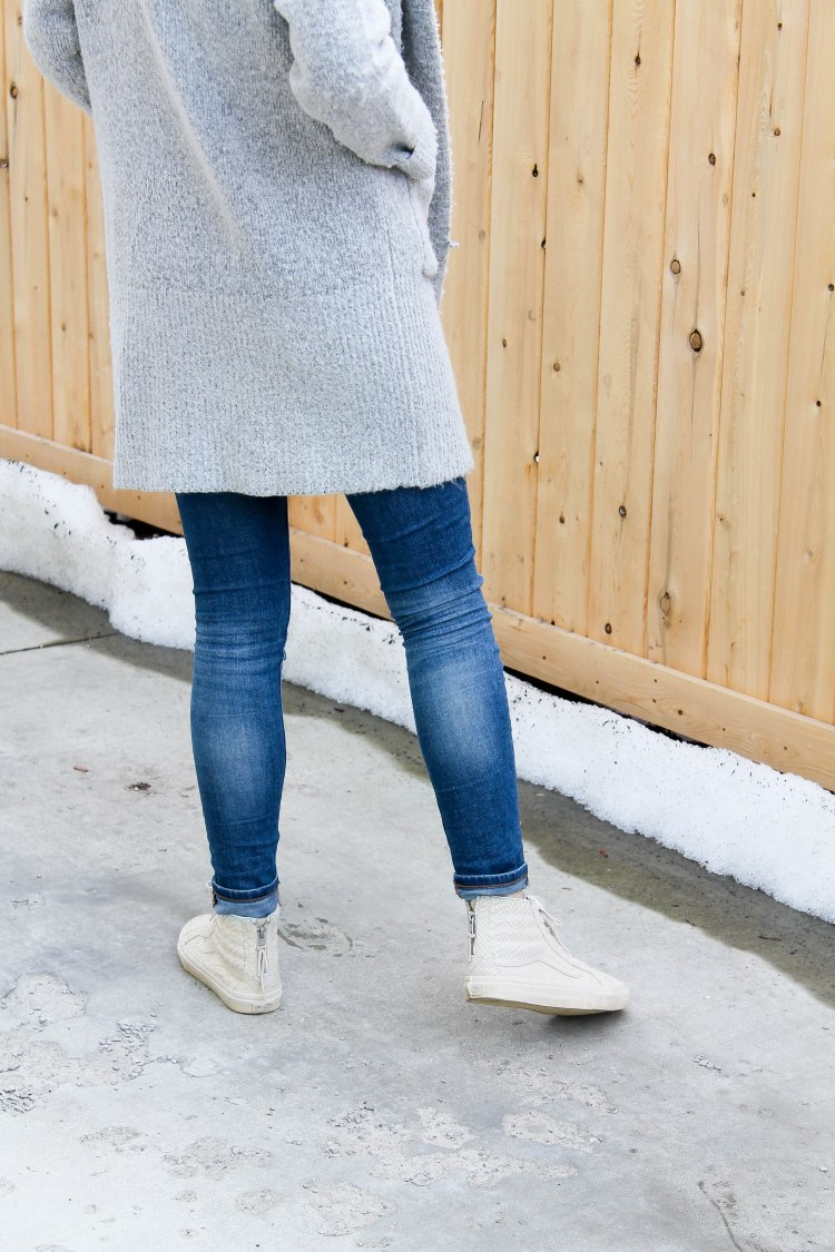 img_5526long-grey-sweater